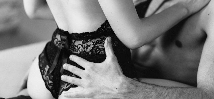 Kandaulismus: Vzrušení při sledování partnerky, která souloží s jiným mužem